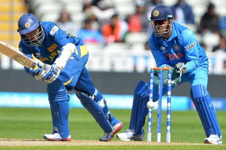 Tillakaratne Dilshan (84 off 78) began brilliantly and stitched a 160-run partnership with Kusal Perera for the opening wicket. (AFP)