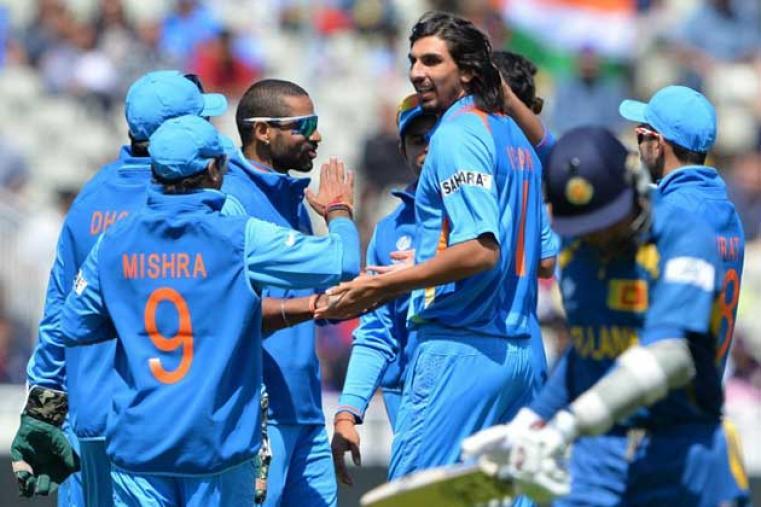 Ishant Sharma exults after dismissing Mahela Jayawardene for 30 runs. (AFP)