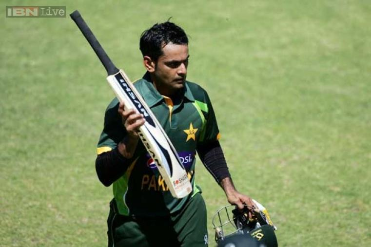 A brilliant half-century by Mohammad Hafeez (70 off 71 balls) took Pakistan to 244 for seven in their 50 overs against Zimbabwe at Harare. (AFP)