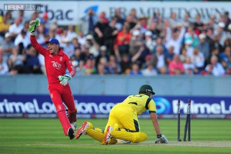 Shane Watson was run out by Eoin Morgan for just seven runs. (AFP Photo)