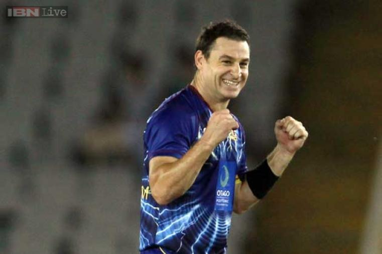 Nathan McCullum bowled his offbreaks to good effect to capture the best figures (2 for 23) among Otago Volts' bowlers.