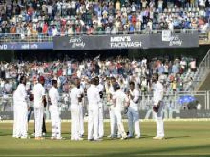 The West Indies team gave Sachin a guard of honour when he entered the playing arena at his customary No. 4 position. (BCCI)