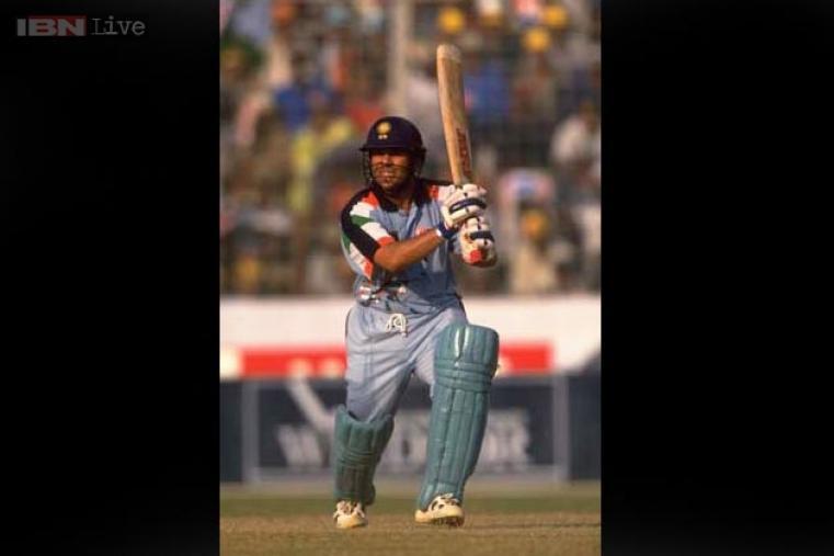 Hundred No. 15: 100 vs Pakistan at Padang, Singapore on 5 April, 1996.