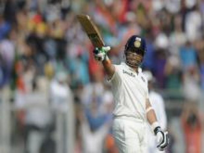 The roof of Wankhede almost came off when Sachin completed his 68th Test fifty, raising hopes of yet another century. (BCCI)