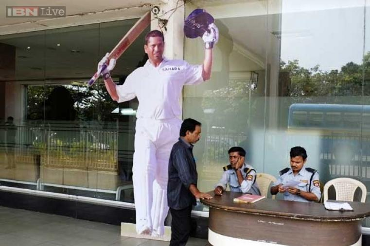 A gold coin, with Tendulkar's image embossed on it, will be used for the toss. Tendulkar, who has already retired from one-day internationals and T20I, will retire from all forms of the game after his 200th Test, to be played at the Wankhede Stadium in Mumbai from Nov 14.