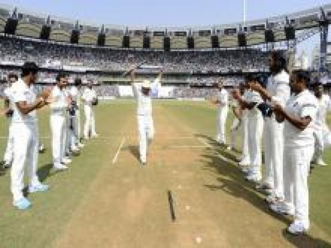The Indian team gave Sachin a mobile guard of honour until he crossed the boundary ropes one last time. (BCCI)