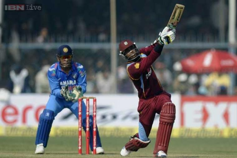 Marlon Samuels scored 71 runs but couldn't carry through to the end of the West Indies innings.
