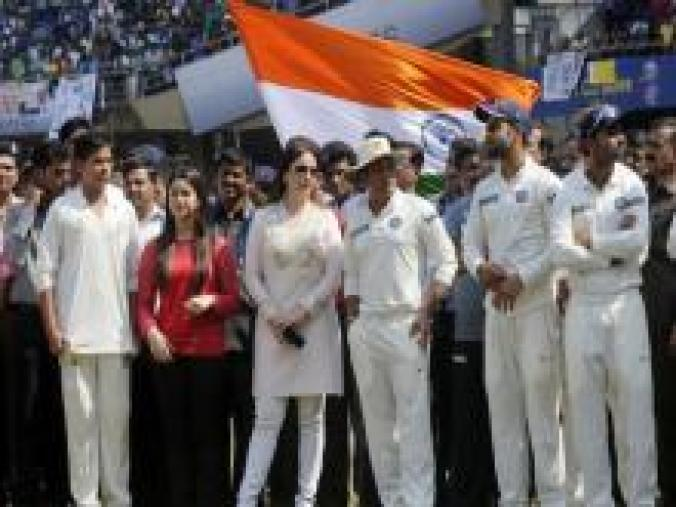 The Tendulkars with the rest of the team at the presentation ceremony. (BCCI)