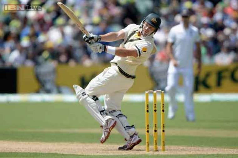 Shane Watson hooks England pacer for boundary during his innings of 51.