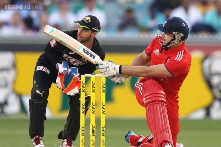 Michael Lumb scored 18 off 15 deliveries before being dismissed by Hazlewood.