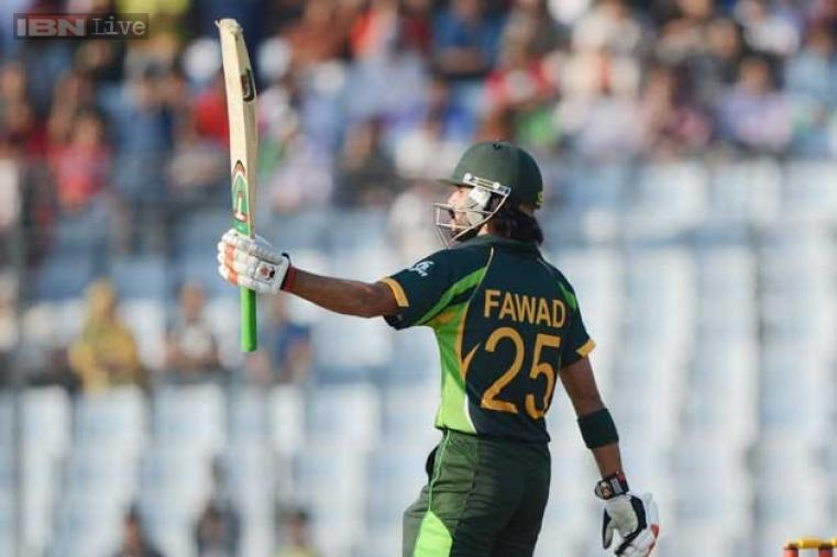 Fawad Alam slammed his maiden ODI century and took Pakistan to 260/5 in 50 overs against Sri Lanka.