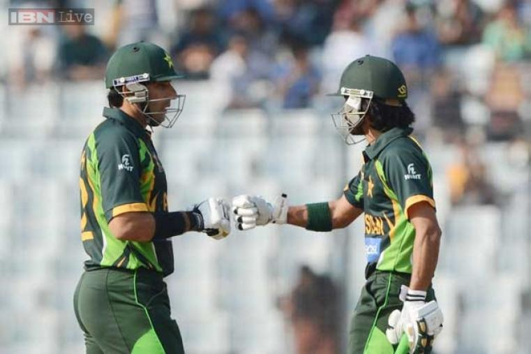 After the top-order collapse, captain Misbah-ul-Haq took the charge and scored 65 off 98 balls. He also shared 122-run stand with Fawad Alam for the fourth wicket.