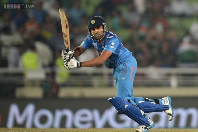 Rohit Sharma scored 29 before losing his wicket to Rangana Herath. Rohit stitched a solid 60-run stand with Virat Kohli for the second wicket.
