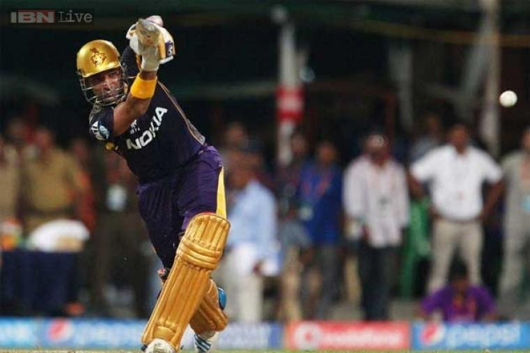 Chasing 161-run target, the man-in-form Robin Uthappa gave KKR a solid start as he smashed 41 off 30 balls. Uthappa hit four boundaries and two sixes.