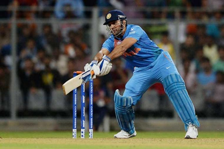 Requiring 43 in 18 balls, Dhoni hit Steyn for a six and a four in successive balls and two 2s to bring down the target by 15 runs in the 18th over at the end of which India needed 28 runs. (Getty Images)