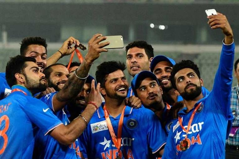 Its selfi time for Team India after Asia Cup triumph (Photo Credit: Getty Images)