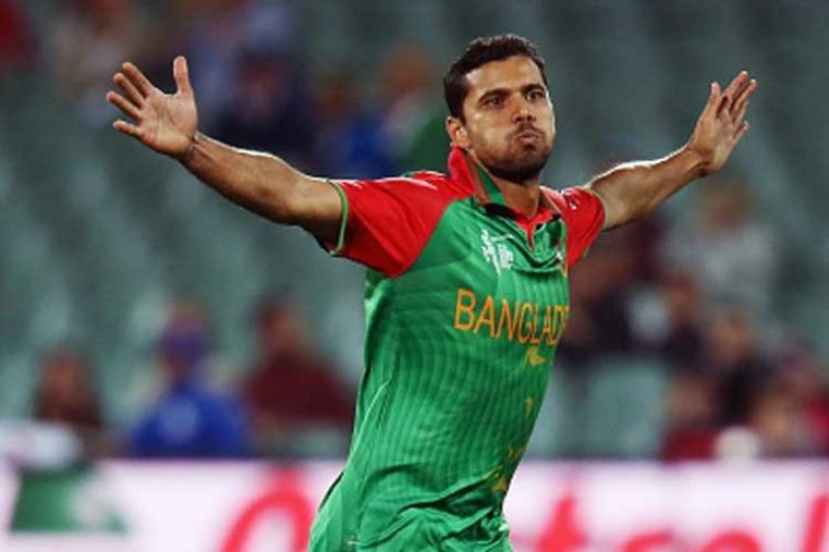 Bangladesh skipper Mashrafe Mortaza made his T20I debut against Zimbabwe in 2006. His figures of 4/19 against Ireland are his best in this format. (Photo Credit: Getty Images)