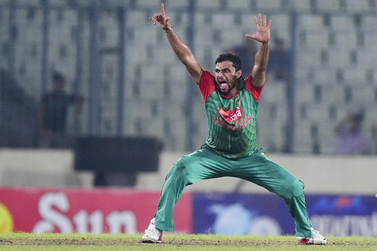 <strong>Leading the Bangla Tigers' roar! </strong> Called the 'Prince of Hearts' in his home town, Mashrafe Mortaza-led Bangladesh are a force to reckon with. (Photo Credit: Getty Images)