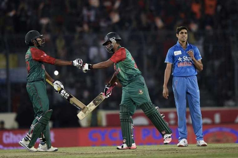 Tamil Iqbal and Soumya Sarkar added 27 runs for the first wicket. (AFP)