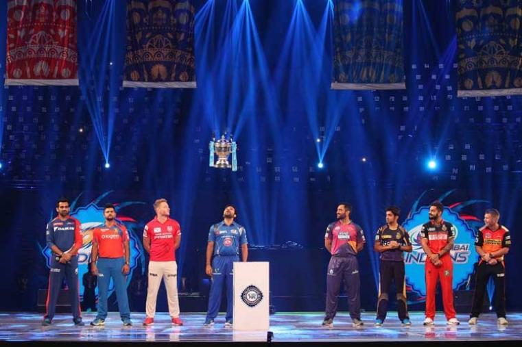 Defending champions Mumbai Indians skipper Rohit placed the trophy back on the podium and IPL chairman Rajeev Shukla and BCCI secretary Anurag Thakur joined the skippers on stage. (BCCI)