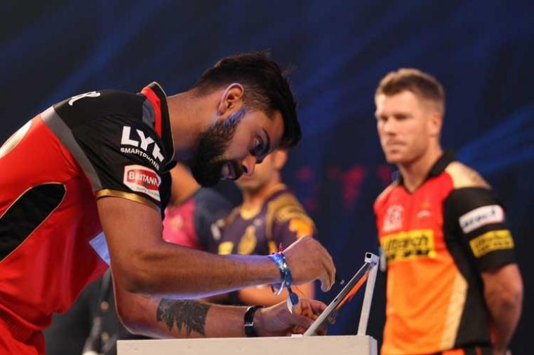 Royal Challengers Bangalore captain Virat Kohli signs the MCC pledge. (BCCI)