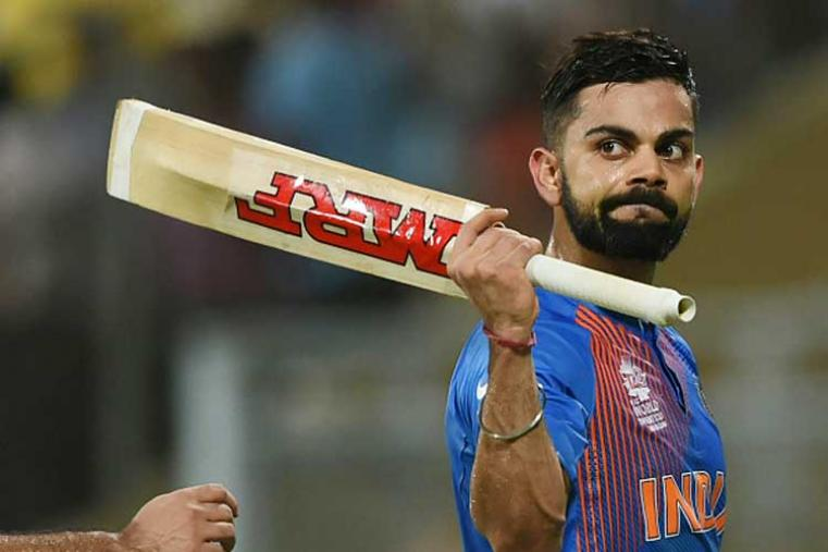 Virat Kohli's 51-ball 82* innings proved that he is the top batting star of Indian team. Chasing 161, India were in dire straits with 68 for 3 in 11 overs, before Kohli switched gears in the 12th over. After that it was an ruthless onslaught of Australian bowlers.  (Photo Credit: Getty Images)