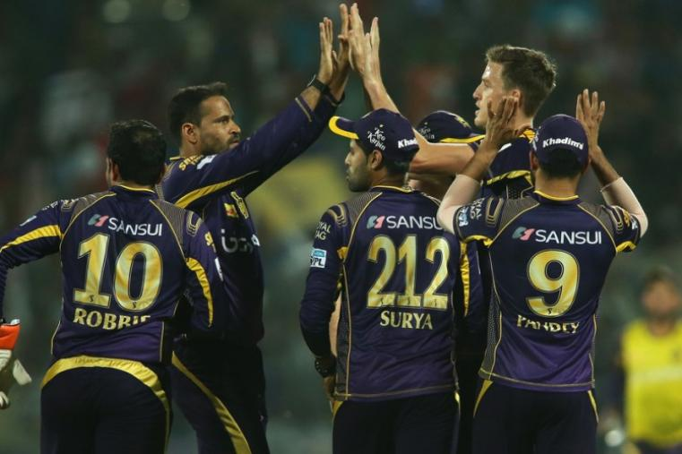 Kolkata bowlers kept taking wickets at regular intervals to derail Hyderabad innings. (BCCI)