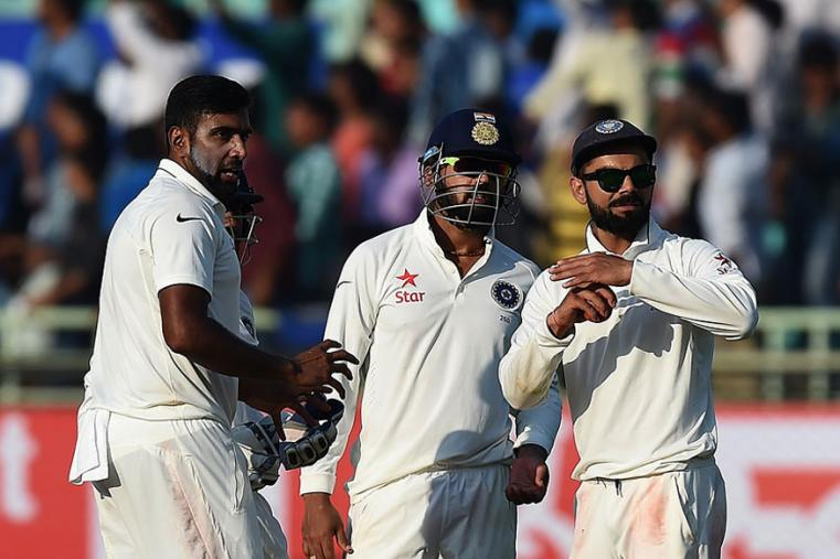 Indian skipper Virat Kohli asking for DRS to come into play during the fourth day for the Vizag Test. (AFP Images)