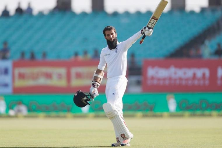 Century-makers Ben Stokes and Moeen Ali piled on the agony for India's bowlers as England posted the highest score by a visiting team in nearly five years. Stokes smashed 128 runs after Ali, who had been unbeaten on 99 overnight, made 117 as England compiled a commanding total of 537. (AFP Photo)