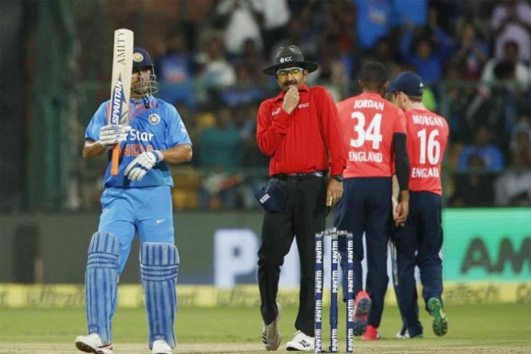 Scintillating half-centuries from Suresh Raina and Mahendra Singh Dhoni helped India post a challenging 202 for six against England in the third and final Twenty20 international in Bangalore. Put in to bat in the series decider, India rode on the 55-run third-wicket partnership between Raina (63) and Dhoni (56) to thwart the England bowling attack after an early wicket fall. (BCCI Photo)