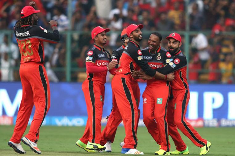 Samuel Badree celebrates with his teammates after picking up a hat-trick against MI. (BCCI Photo)