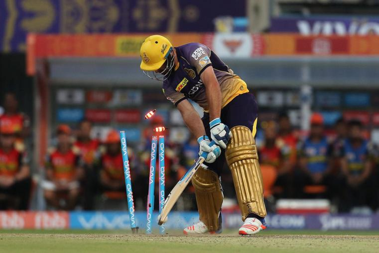 Colin de Grandhomme is bowled during the match against SRH. (BCCI Photo)