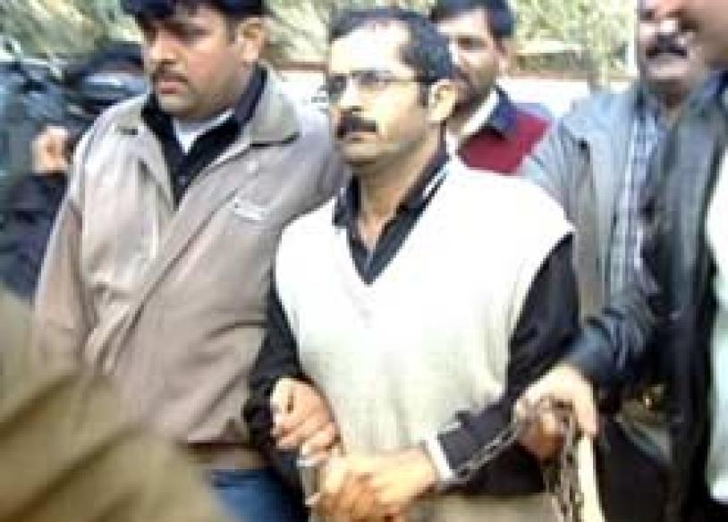 Azfal plea has social cost: Delhi govt