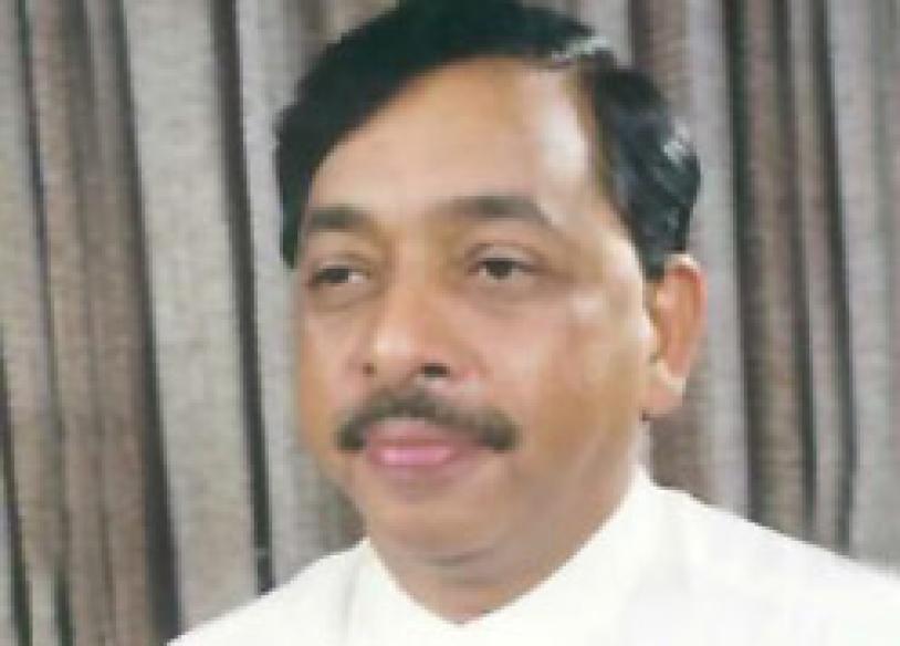 HC gags <i>Saamna</i> on Narayan Rane
