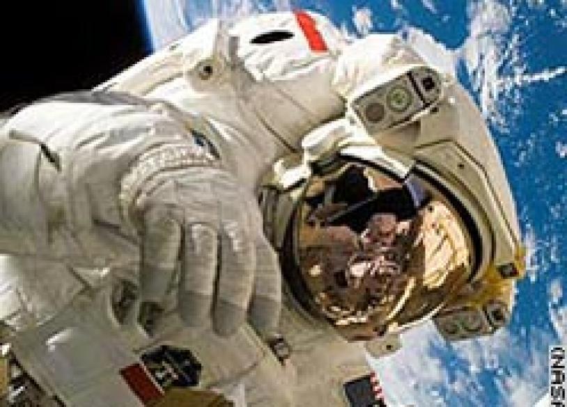 NASA to tie down loony astronauts