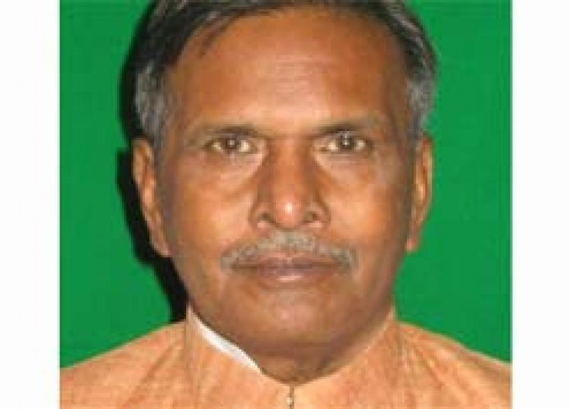 Mulayam's man quits, forms new party