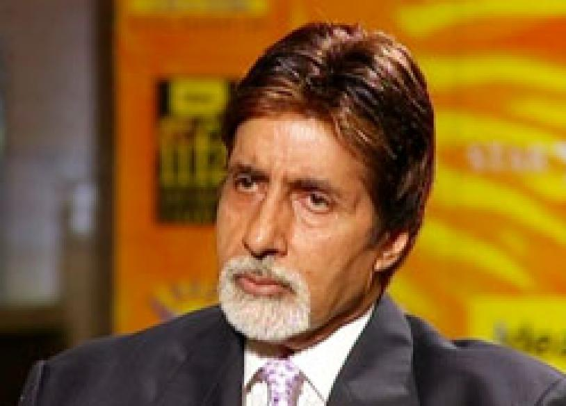 Big B takes the reins at IIFA awards