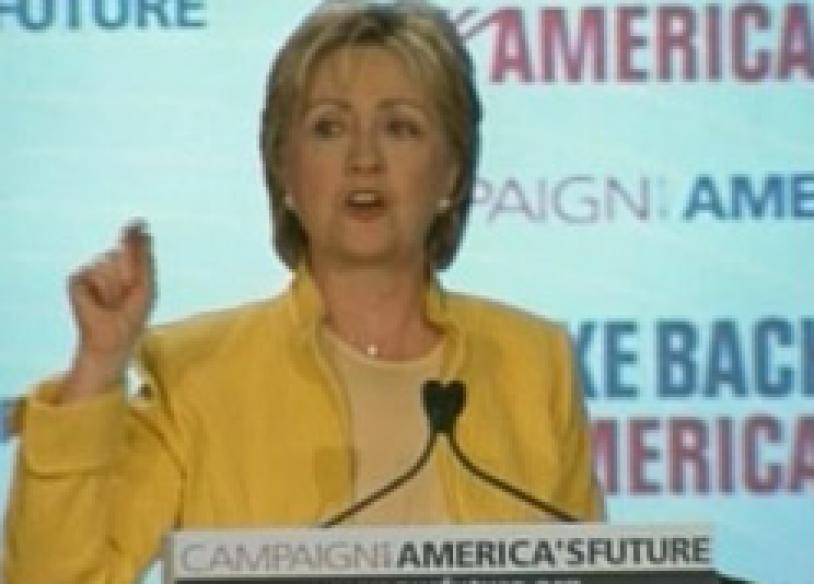 Hillary booed for Iraq stance