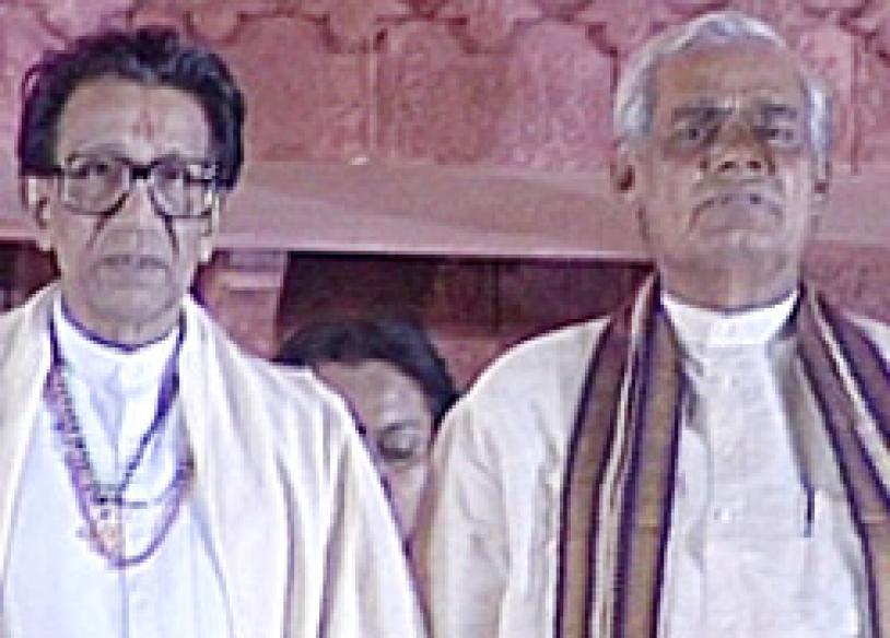 Shiv Sena chooses Pratibha Patil