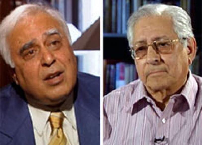 Soli-Sibal verbal duel over jail term for Dutt