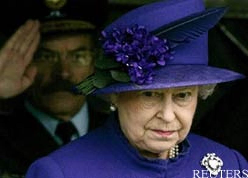 Queen Elizabeth among <i>Vogue</i>'s top 50 glamorous women