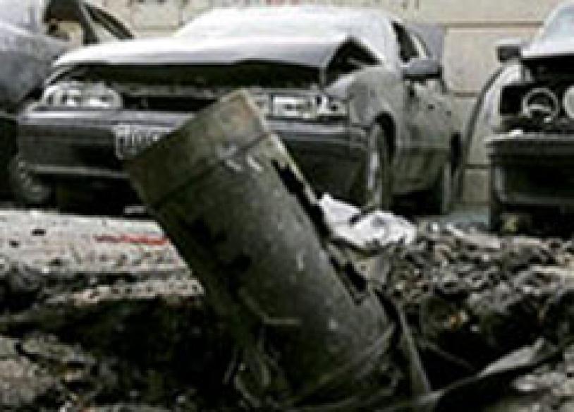 Twin car bombs kill 67 in Algiers