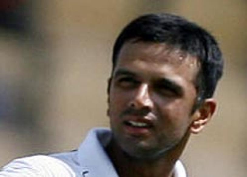 <a href='http://www.news18.com/photogallery/635.html'>In Pics: The milestones in Rahul Dravid's career</a>