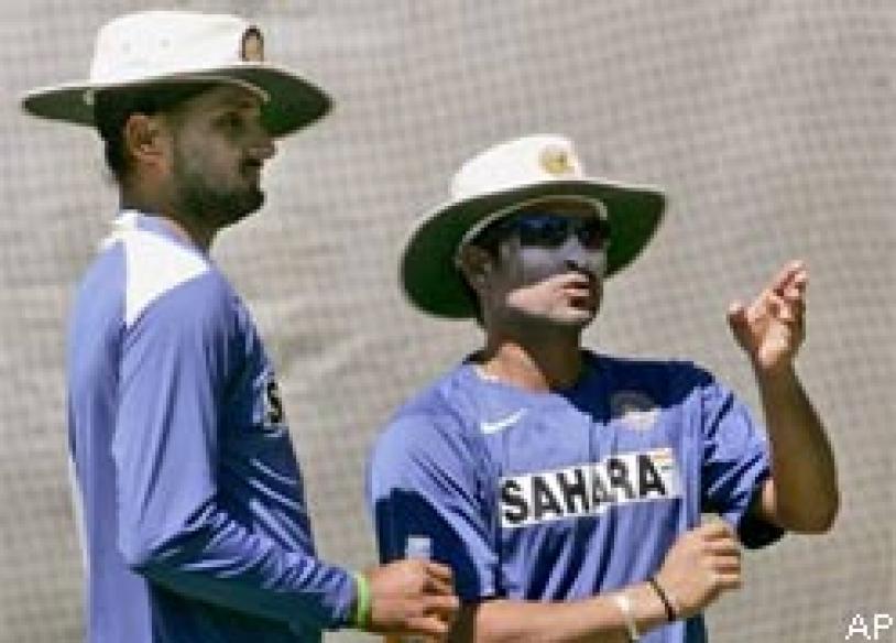Bhajji, Yuvi doubtful for Test squad against SA