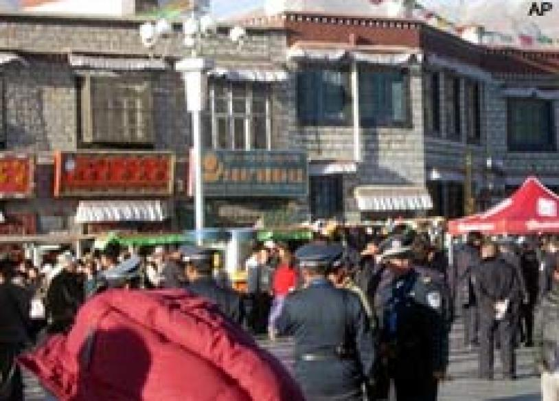 Tibet tense; protesters go on rampage, target shops
