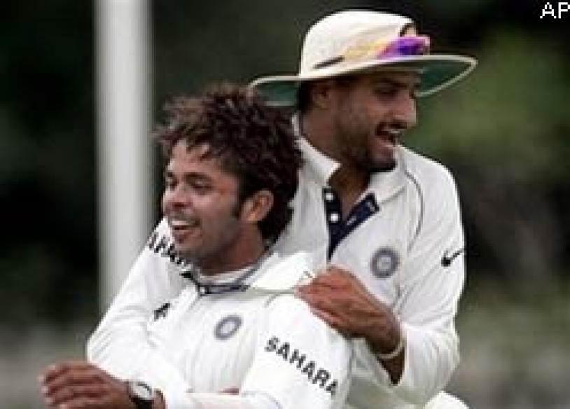 Sreesanth loses cool over AC, gets BCCI notice