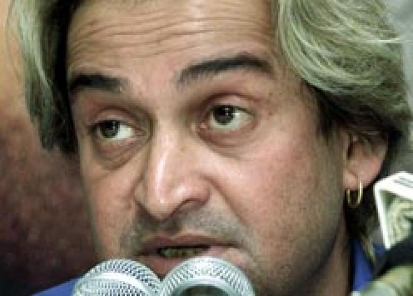 Marathi film industry gets a push with <I>De Dhakka</I>