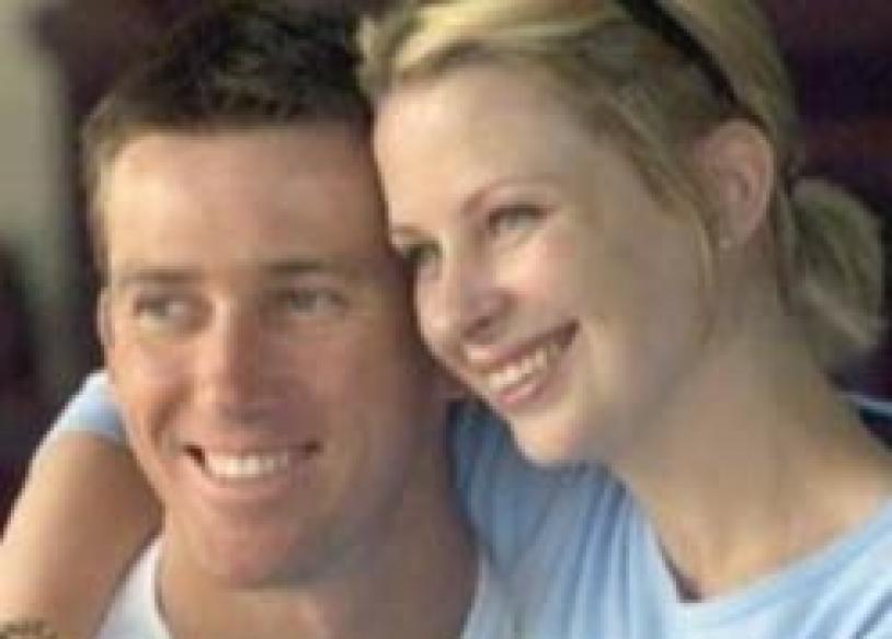 Australian fast bowler Glenn McGrath's wife dies