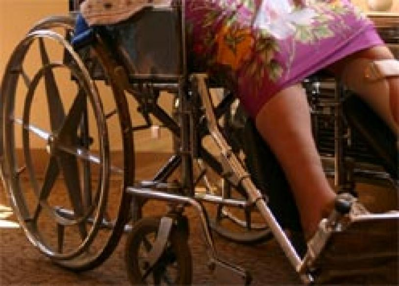 Drinking while driving ban applies to wheelchairs too