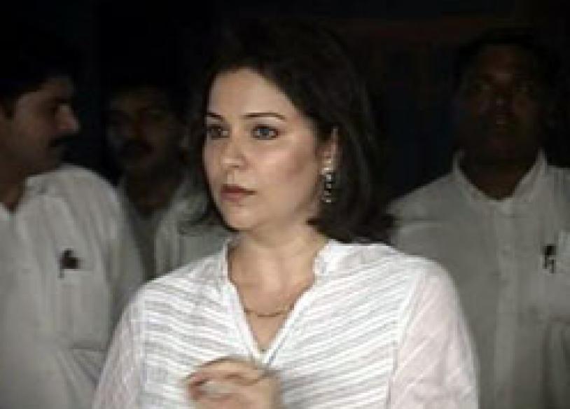 Sachin's wife rubbishes retirement rumour
